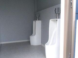 トイレ用トレーラーハウス4
