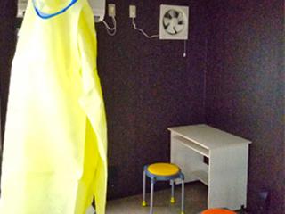 医療用トレーラーハウス11